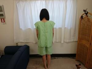 女性専用患者着の写真 背面